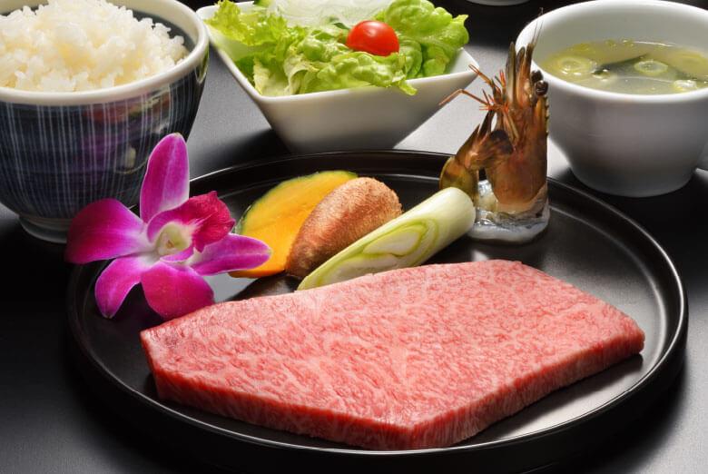 仙台牛ステーキランチ